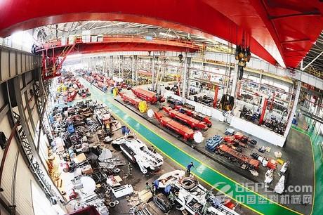 国内高端装备制造业应加速产业创新